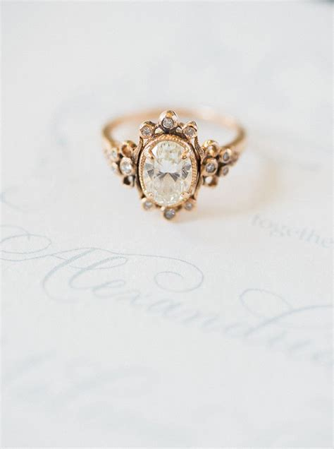 Wedding Rings Vintage by 25 Best Ideas About Vintage Engagement Rings On