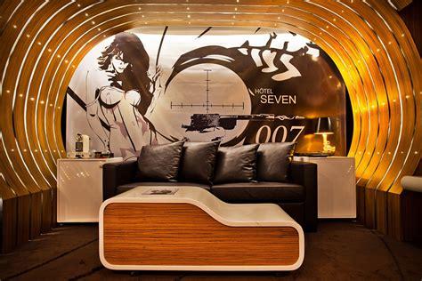 theme hotel design james bond 007 suite at seven hotel paris hiconsumption