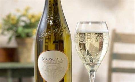 moscato d asti olive garden những n 233 t nổi bật của d 242 ng rượu vang moscato