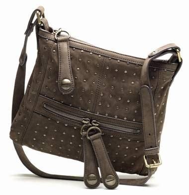 Snob Or Slob The Bag Snob 2 by Emily Blunt In Gerard Darel Messenger Snob Or Slob