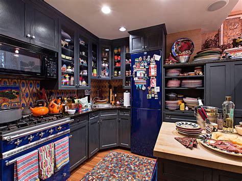 rachael new york city apartment cozy kitchen photos
