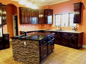 Stone Kitchen Islands 17 Best Ideas About Stone Kitchen Island On Pinterest