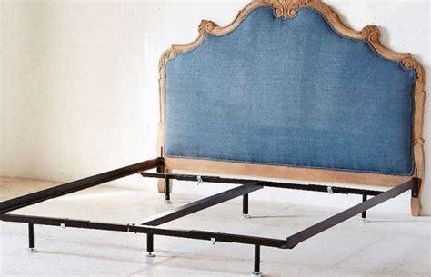 Feng Shui Bed Frame 3 Best Feng Shui Bedroom Layouts Feng Shui Bedroom Layout Feng Shui Bedroom And Bedroom Layouts
