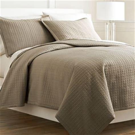 royal velvet coverlet 17 best images about master bedroom on pinterest grey