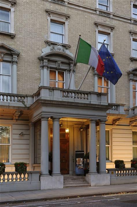 italian consolato londra differenza tra ambasciata e consolato heelpbook