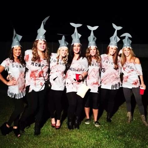 ridiculously clever group halloween costumes