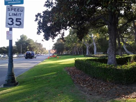 Beverly Garden Park by Beverly Gardens Park Beverly Tourist Attractions Sightseeing Eventseeker