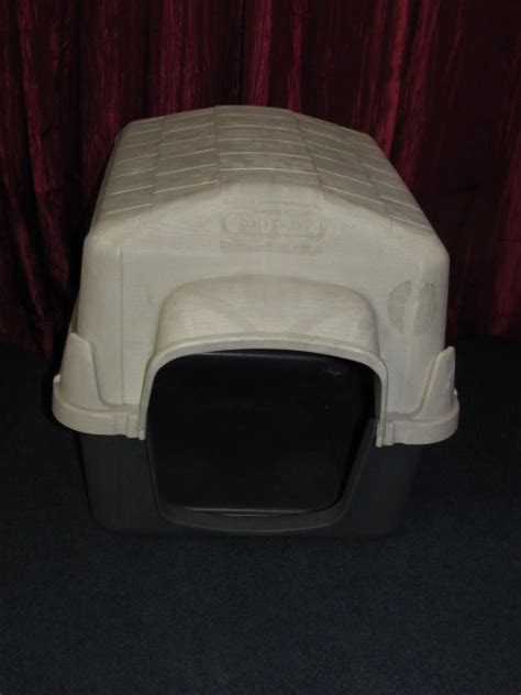 top paw dog house lot detail top paw insulated dog house great for outdoor kitties too