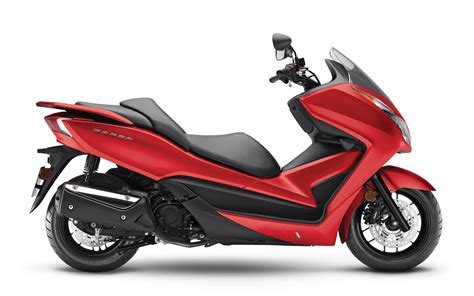 best honda scooter honda scooters 2016 models motorcycle review and galleries