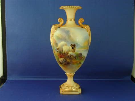 Royal Worcester Vases Royal Worcester Vase Signed Harry Davis 245934