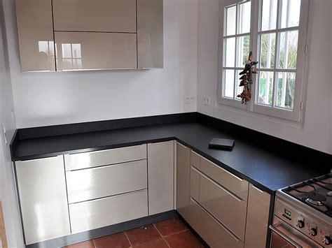 cuisine plan de travail granit noir plan travail cuisine granit le plan de travail en bton