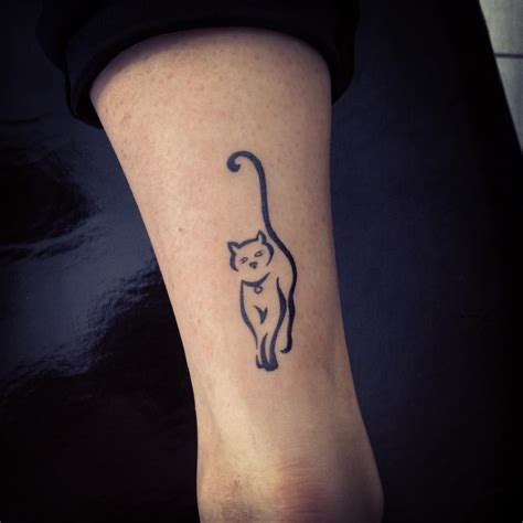 small black tattoos the gallery for gt cat portrait thigh