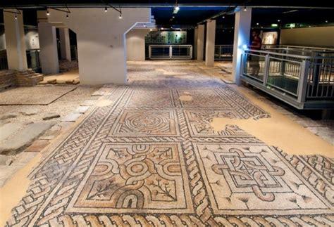 tappeti di pietra domus dei tappeti di pietra de ravenne