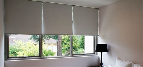 Roller Blinds Roller Blinds A Choice For Your Home And Office