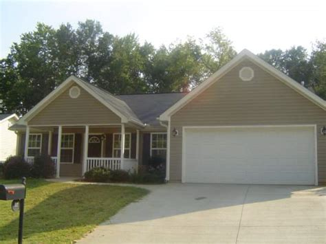 houses for sale in greer sc 112 granite woods way greer south carolina 29650 foreclosed home information