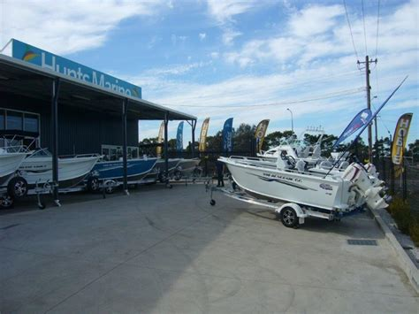 boat parts wollongong hunts marine wollongong wins quintrex nsw dealer of the year
