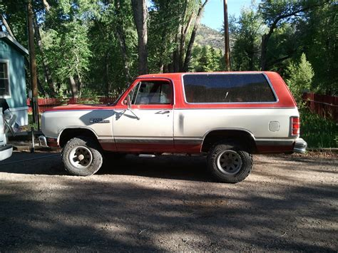 86 dodge ram 86 ramcharger and so it begins 1 now 2 left