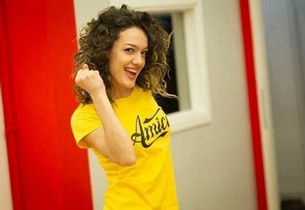 consolata albanese klaudia pepa chi 232 la ballerina albanese in gara ad amici