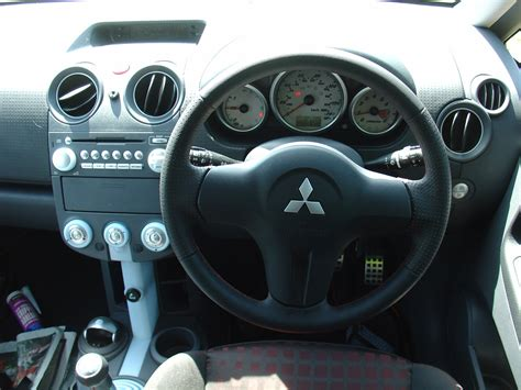 mitsubishi colt ralliart interior mitsubishi colt czt 2005 2008 features equipment and