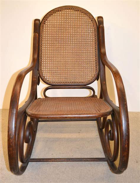 antique thonet chair bentwood rocker 19th 19th century thonet bentwood rocker chair at 1stdibs