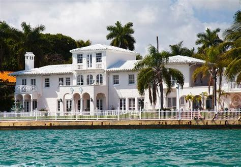 casa scarface scarface mansion reduced its price to what