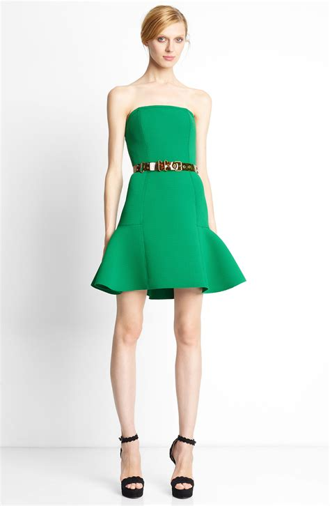 what shoes color to wear with black green dresses 2