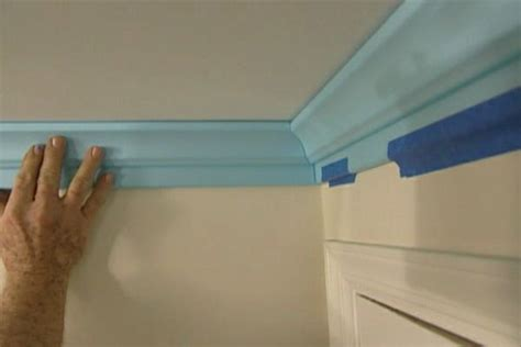 How to Install Polystyrene Crown Molding ? DIY Projects