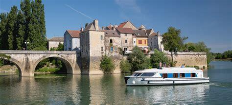 canal boat rental france review burgundy river cruises boat rental le boat