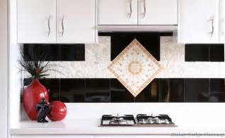 pictures of kitchens modern white kitchen cabinets 25 best ideas about backsplash tile on pinterest