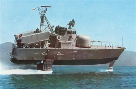 reddit hydrofoil boat that is a lot of gun missile and speed for such a little
