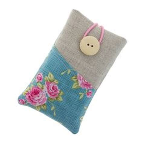 how to make a mobile cover with cloth 1000 images about fabric phone covers on phone cases fabrics and ipod