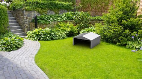 robot per giardino casetta per robot tagliaerba s r l arredamenti