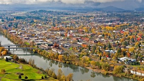 downward corvallis 10 reasons to corvallis oregon larry wingo
