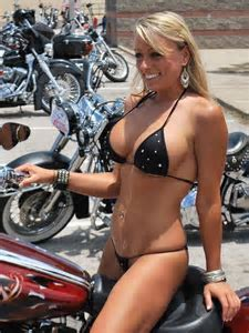 PERFECT RIDING ATIRE #HDNaughtyList   #HDNaughty list   Pinterest   Real women, Women's and A
