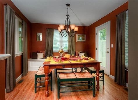 Colors To Paint A Dining Room by Dining Room Paint Colors With Glass Table