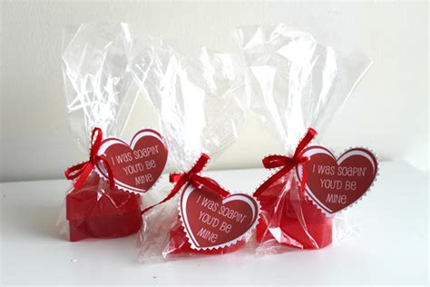 cheap valentines day gift 10 free or cheap s day gifts a biblical marriage