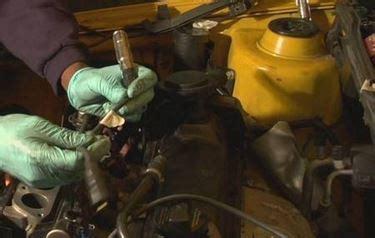 cambiare candele auto come cambiare le candele dell auto manutenzione automobile
