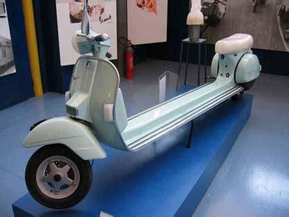 modifikasi vespa warna silver motor vespa