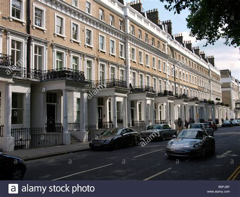 south kensington london homes typical south kensington street with expensive homes and