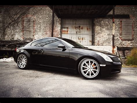 infiniti g35 sport coupe 1600x1200 68 tapety na pulpit