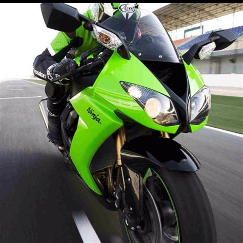 green painted crotch rocket flickr photo sharing 15 best images about bikes on pinterest crotch rockets