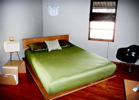 What Is A Hollow Frame Mattress by How To Diy Quot Study Dwr Quot Platform Bed Platform Beds