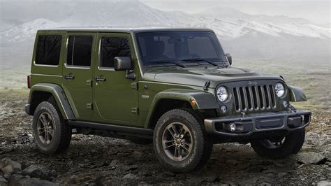 K 3311 3 Selempang Jeep 2018 jeep wrangler see the changes side by side