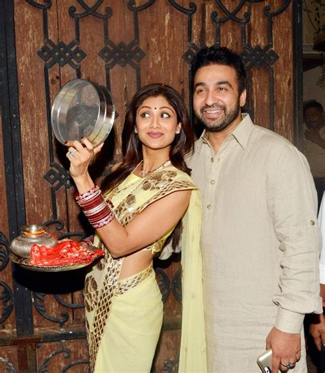 indian hairstyles for karwachauth shilpa shetty poses with husband raj kundra the couple
