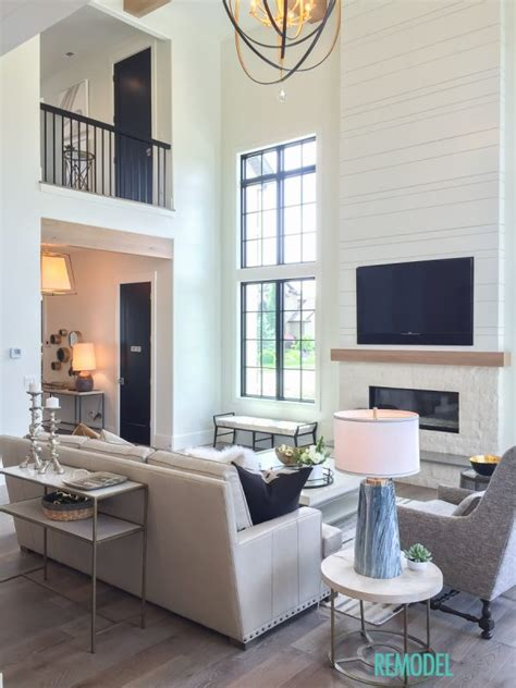 modern farmhouse living room remodelaholic get this look modern farmhouse living room
