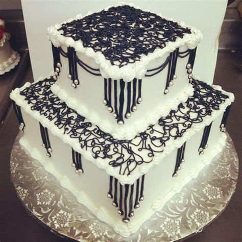 tier square  piping patti kake  wilcon design