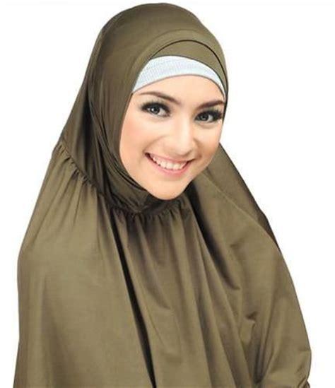 blogger muslimah indonesia citra kirana muslimah celebrites hijab pinterest