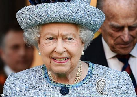 queen authorises british prime minister to begin brexit www ekpoesito com queen gives royal assent to brexit bill
