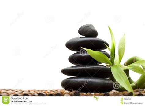 imagenes zen bambu concepto del zen con el bamb 250 y la piedra imagen de
