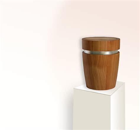 melkstuhl aus holz kaufen edle urne aus holz kaufen stilvolle urnen de